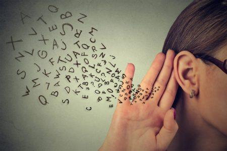 Phải biết lắng nghe