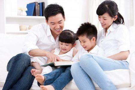 Hãy nhờ con cái giúp đỡ khi muốn làm lành với chồng